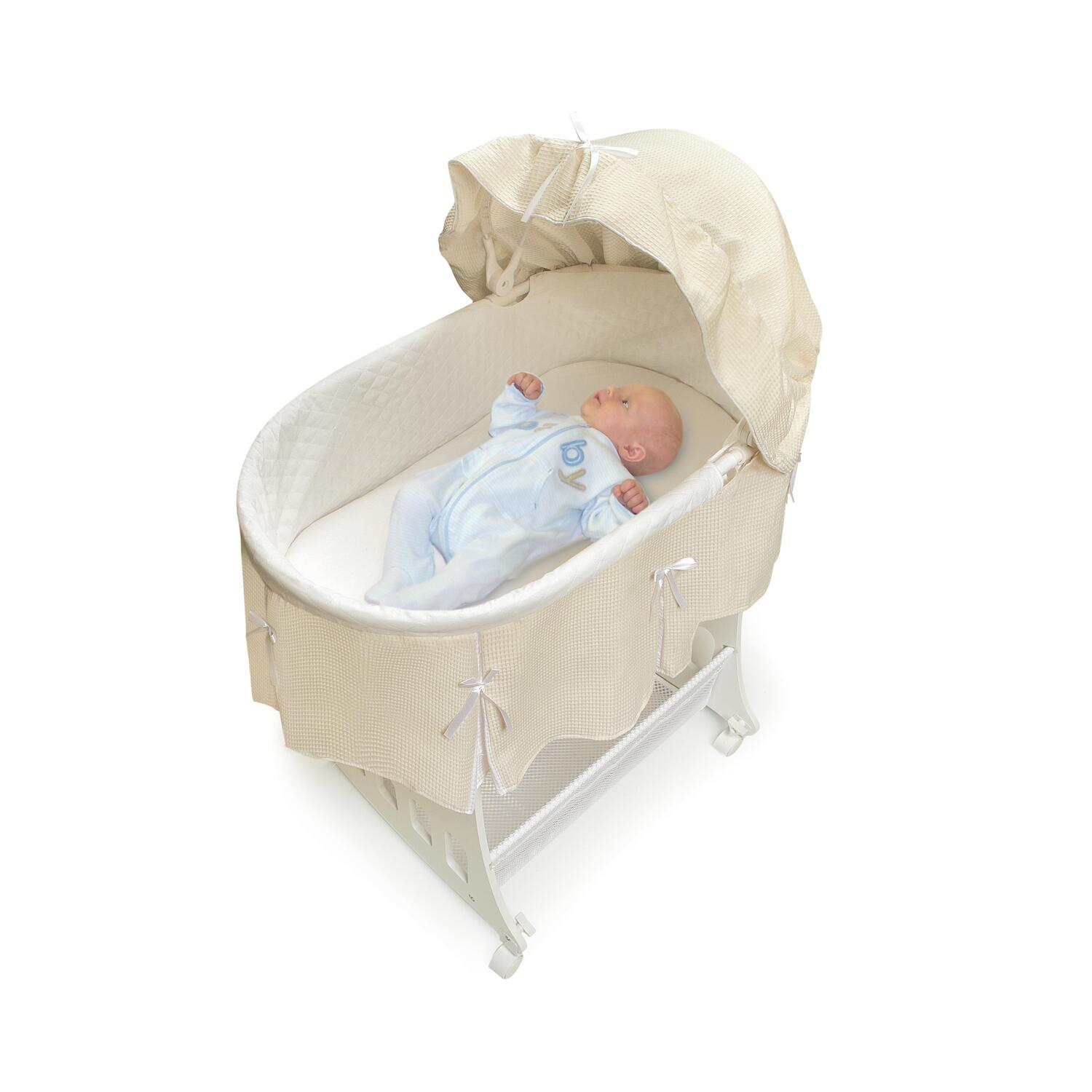 Badger basket portable bassinet 39 n cradle with toybox base for Portable bassinet