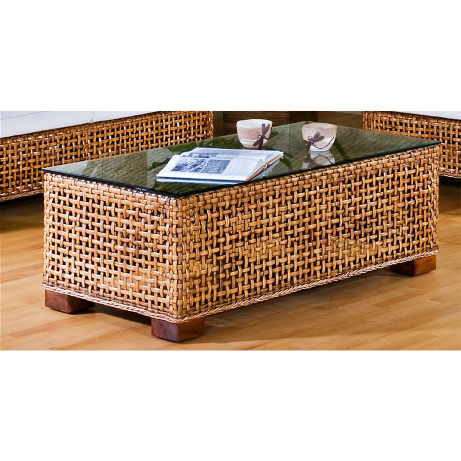 buy wicker coffee table 1