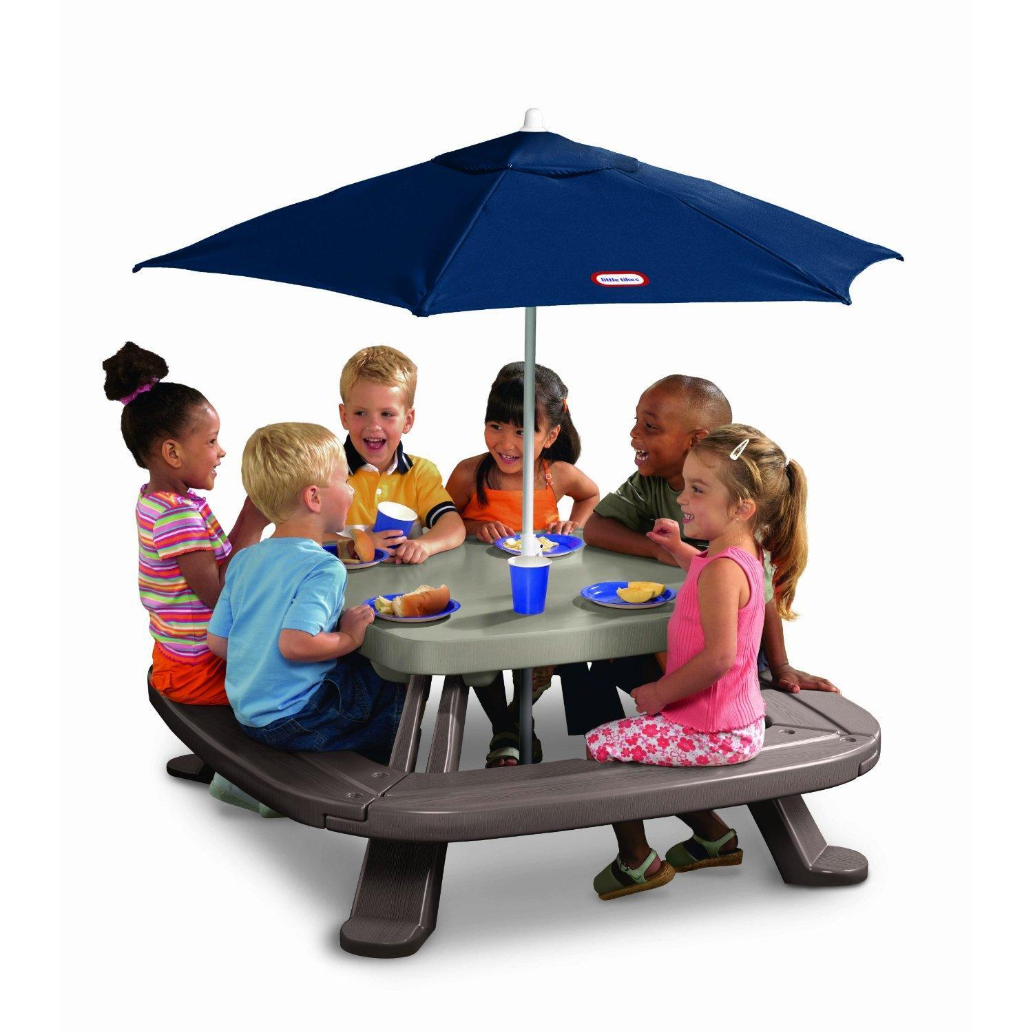 Little Tikes Fold N Store Picnic Table With Market