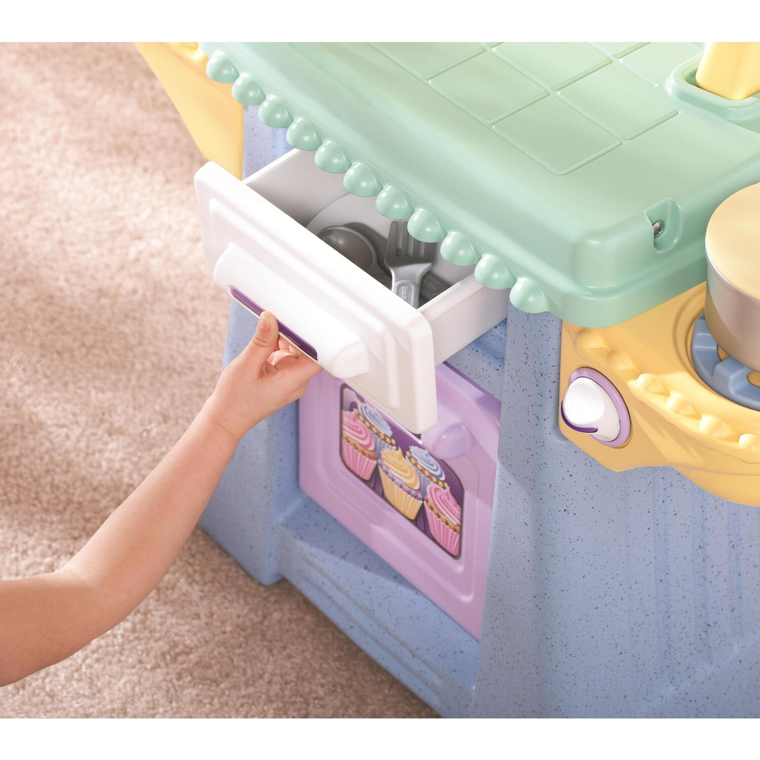 Little Tikes Cupcake Kitchen: Little Tikes Cupcake Kitchen By OJ Commerce 621567