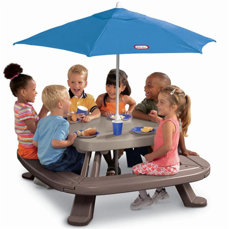 Superb Little Tikes Fold U0027n Store Picnic Table With Market Umbrella   [632433M]