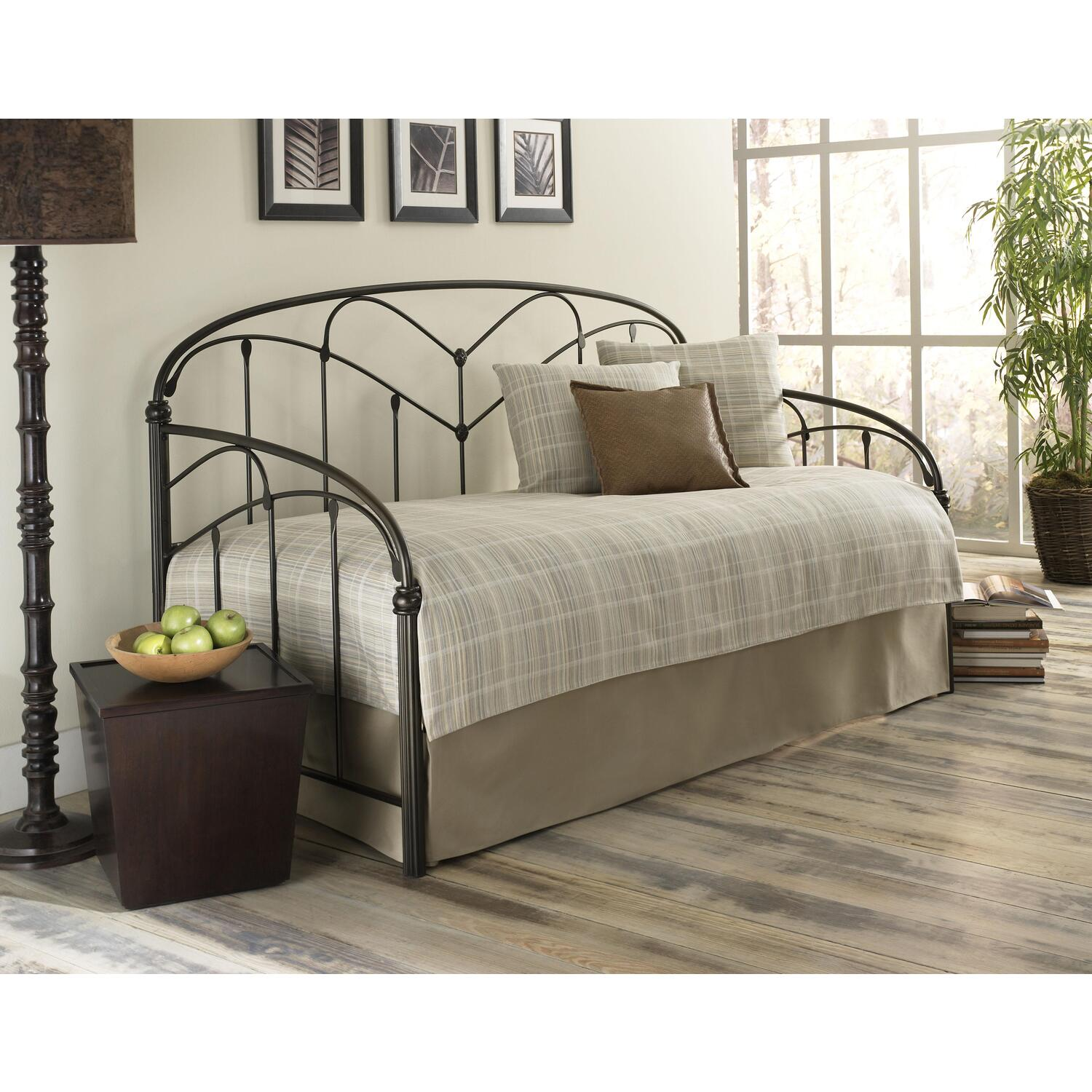 Pomona hazelnut daybed ojcommerce for Oriental furniture montreal
