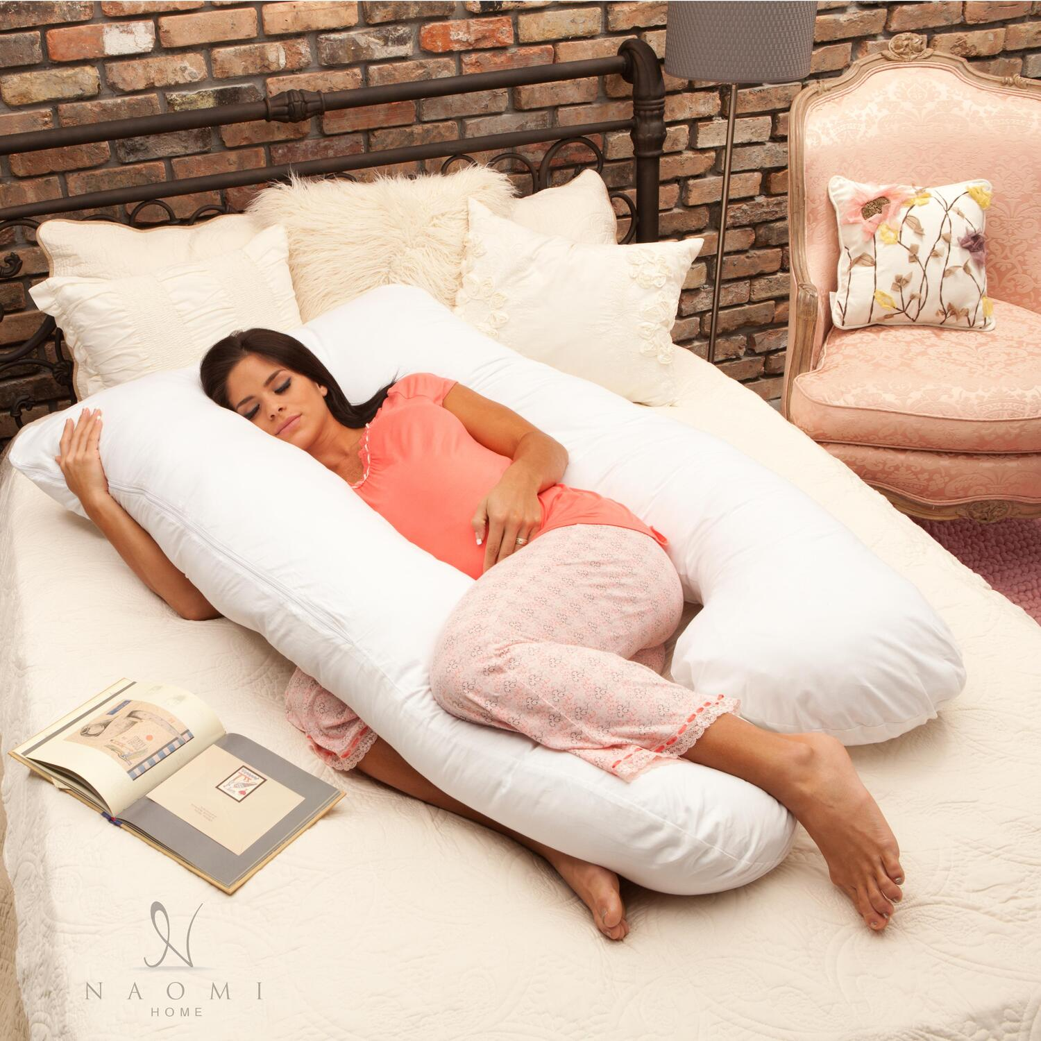 Sleep To Live Mattress Naomi Home 11104 Naomi Home Cozy Body Pillow