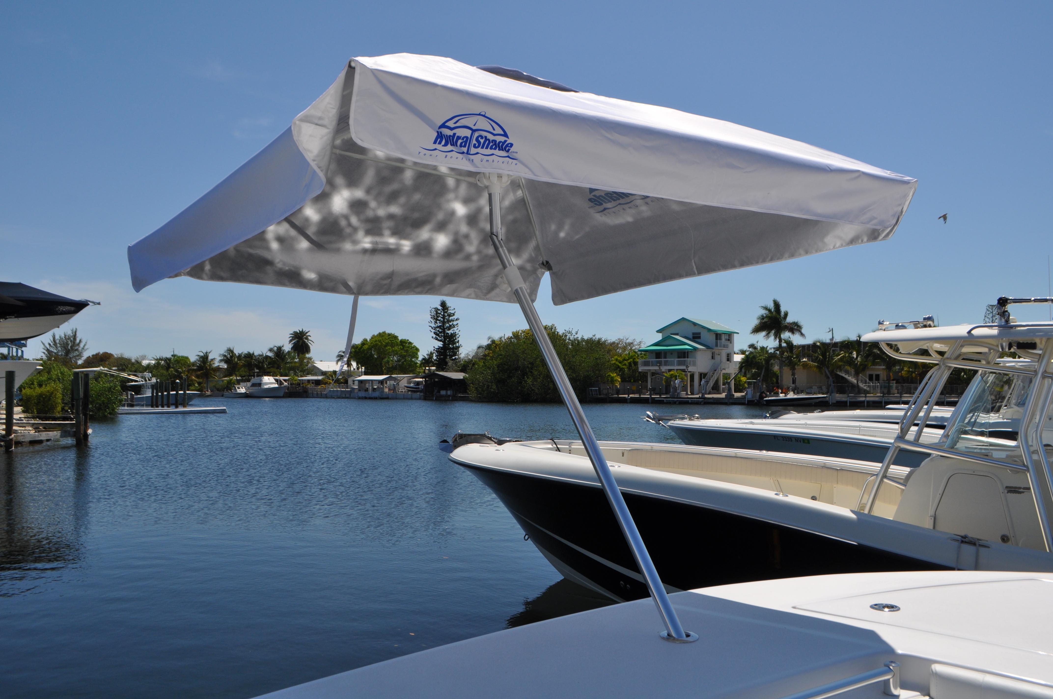 Fishing Boat: Fishing Boat Umbrella   Bass Boat Umbrella