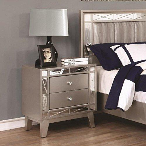Coaster 204922 MASTER BEDROOM COLLECTIONS - NIGHTSTAND