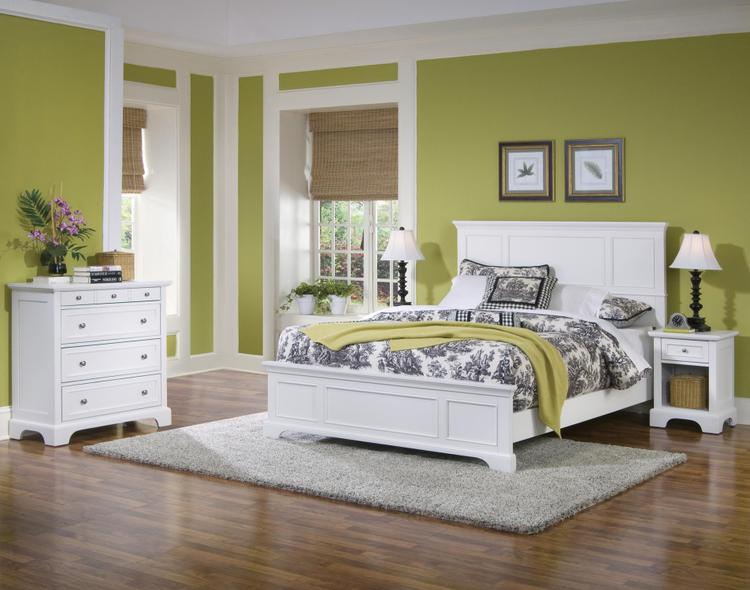 Home Styles Naples Queen Bed, Night Stand, and Chest with White Finish