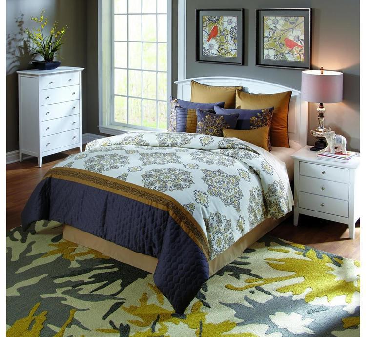 Brylee 9 pc Queen Comforter Set