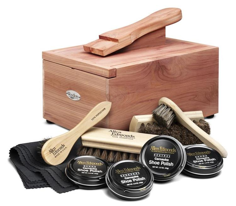 Cedar Shoe Care Valet, w/Starter Kit II