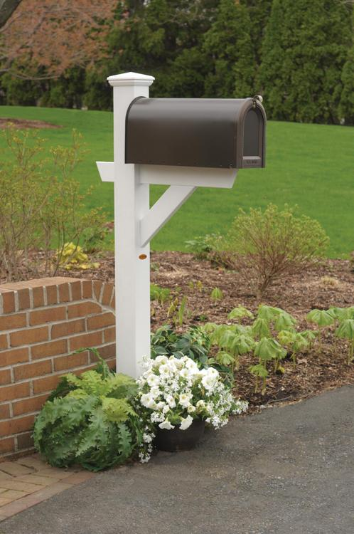Highwood Furniture Hazleton Mailbox Post
