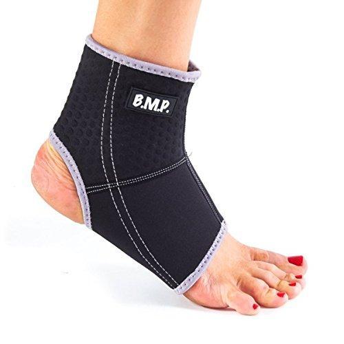 Breathable Lightweight Neoprene Black Ankle Brace / Ankle Compression Sleeve. Black Medium