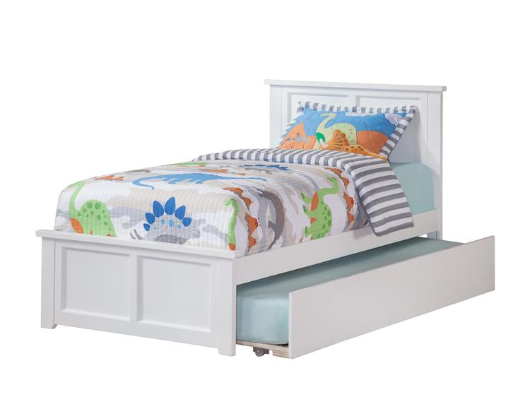 Atlantic Furniture Madison Full Platform Bed with Matching Foot Board with Twin Size Urban Trundle Bed in Walnut