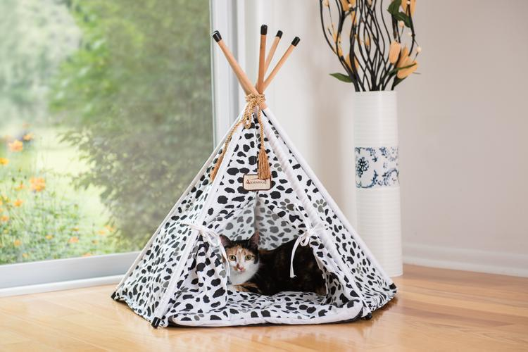 Armarkat Cat Bed Model C46, Teepee style, White w/black paw print