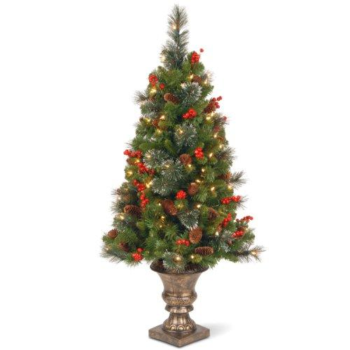 Crestwood Spruce Entrance Tree with Clear Lights