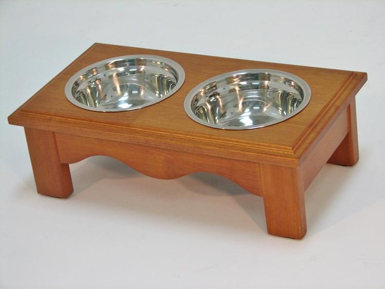 Crown Pet Diner, Small size, with Chestnut Finish [Item # Diner-S-CH]