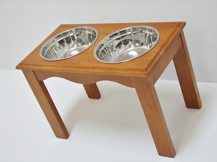 Crown Pet Diner, X-Large size, with Chestnut Finish