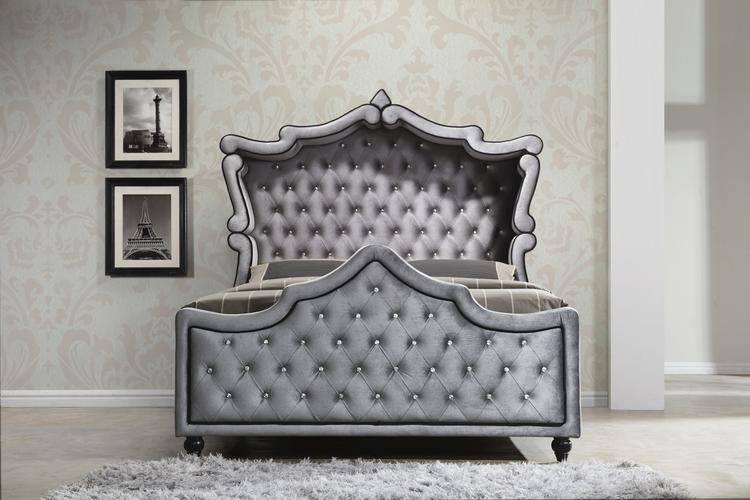 Meridian Furniture Hudson King Canopy Bed