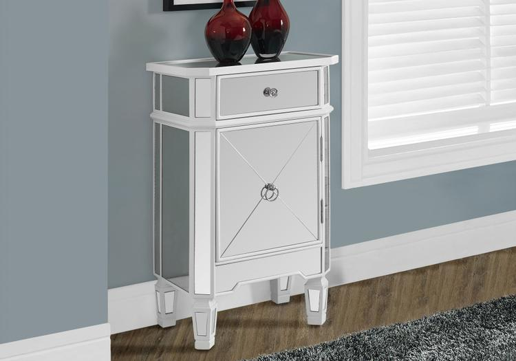 Accent Chest - With Mirror