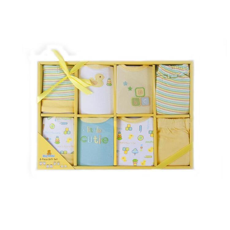 Big Oshi 8 Piece Layette Gift Set