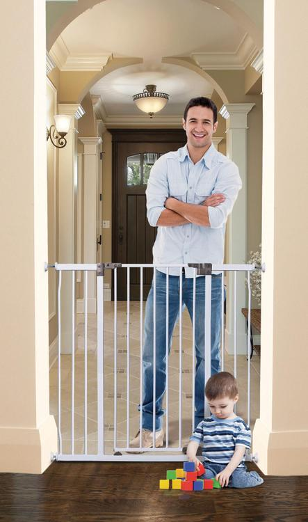 Liberty Tall Hallway Auto Close Stay Open Gate-White