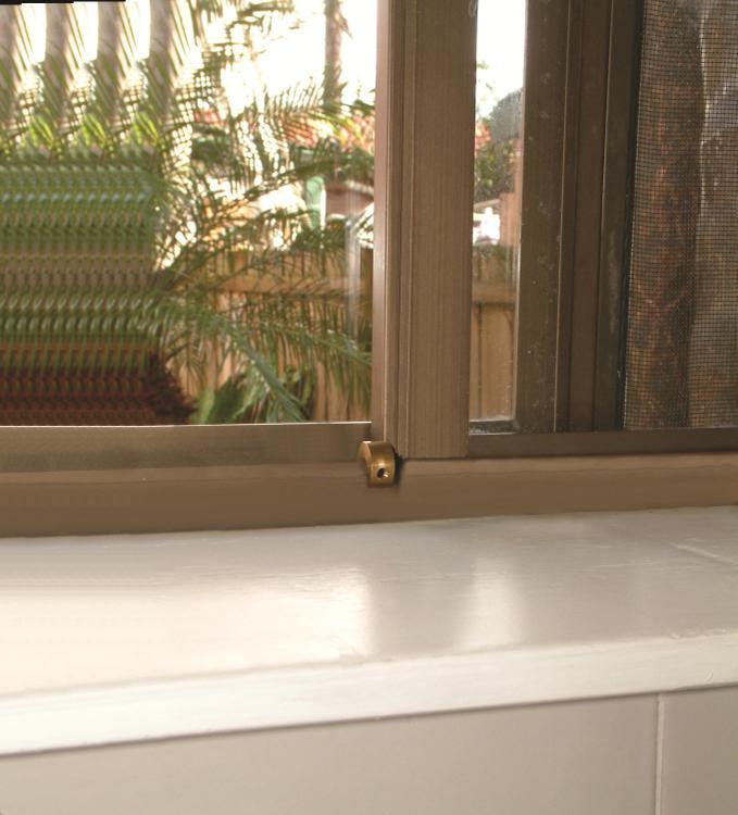 Dreambaby Window Lock - Brass 8 Pack + 2 Keys