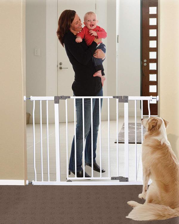 Dreambaby Liberty Extra Wide Auto Close Security Gate w/ Stay Open Feature