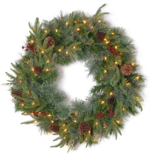 Colonial Wreath with Clear Lights