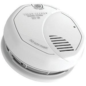 FIRST ALERT SA3210 Dual-Sensor Smoke & Fire Alarm with 10-Year Sealed Battery